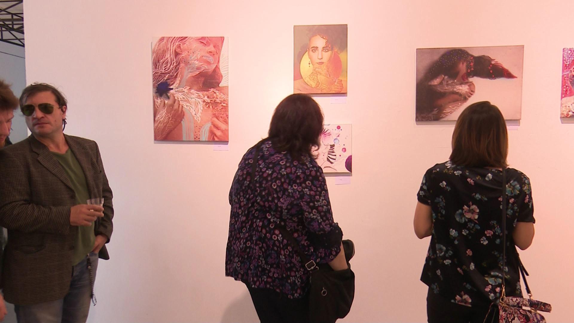 მხატვარ მარია ჩუბაროვას პერსონალური გამოფენა ბათუმში