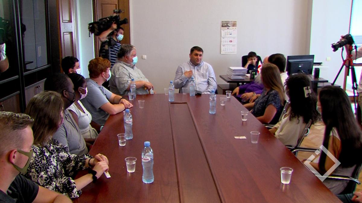 რელიგიური უმცირესობების მდგომარეობა საქართველოში-შეხვედრა პარლამენტში