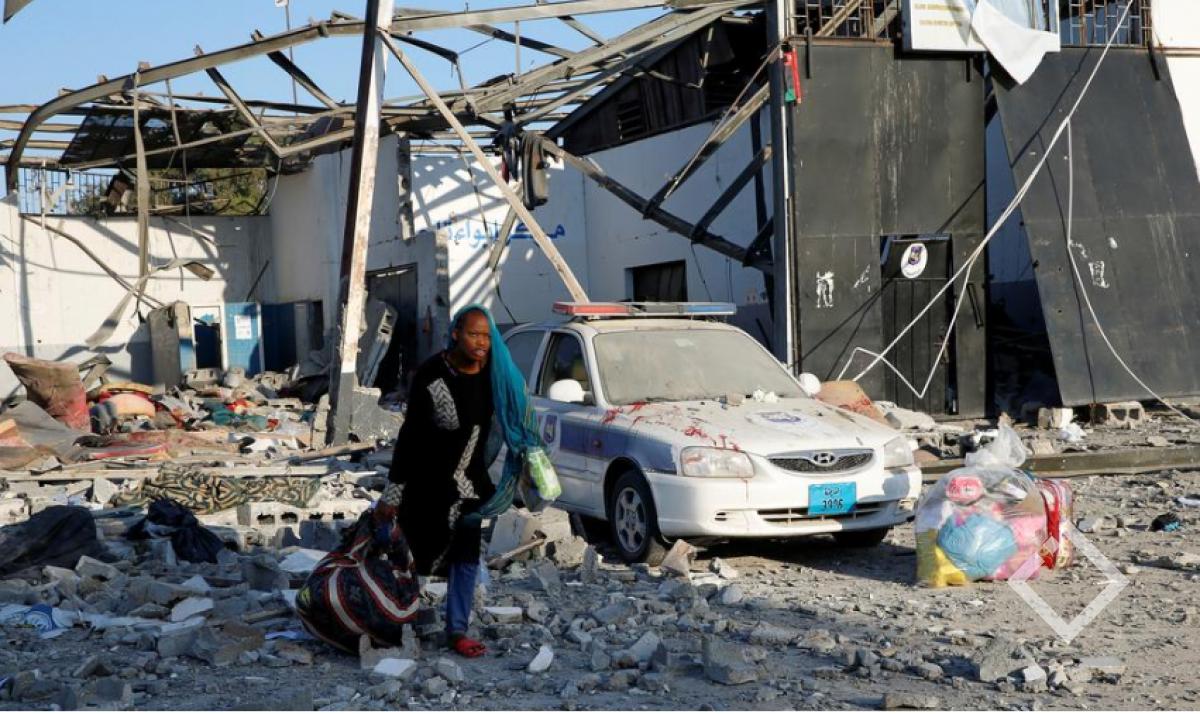 ლიბიაში მიგრანტთა ბანაკის დაბომბვის დროს 40 ადამიანი დაიღუპა